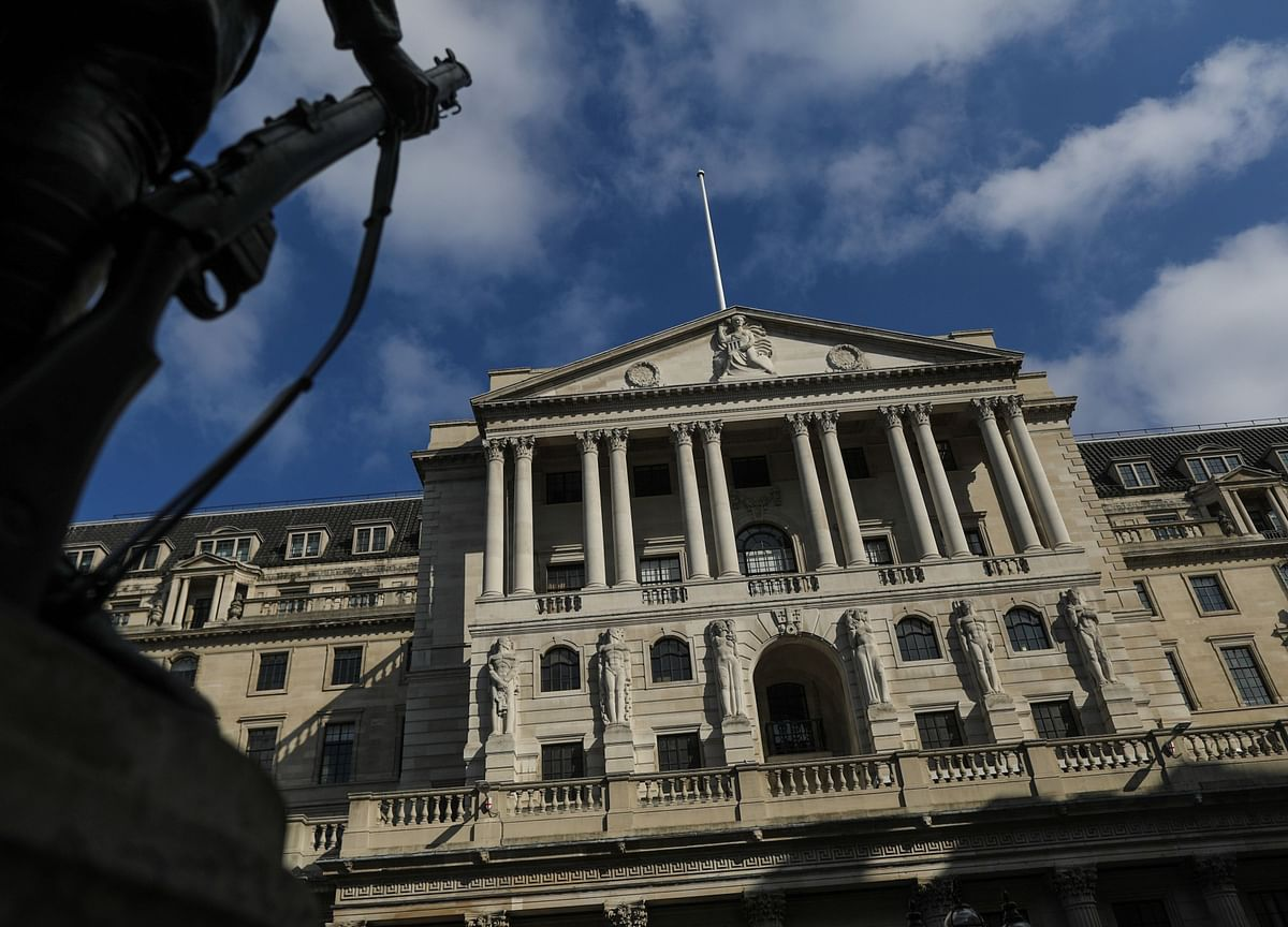 BOE Not Considering Negative Rates Right Now, Bailey Says