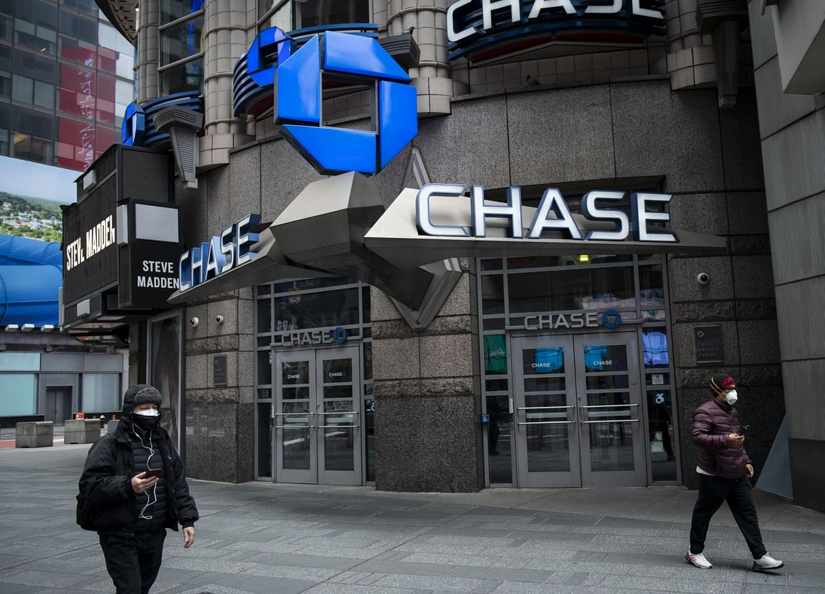 JPMorgan Consumer Loans Faring Better Than Unemployment Suggests