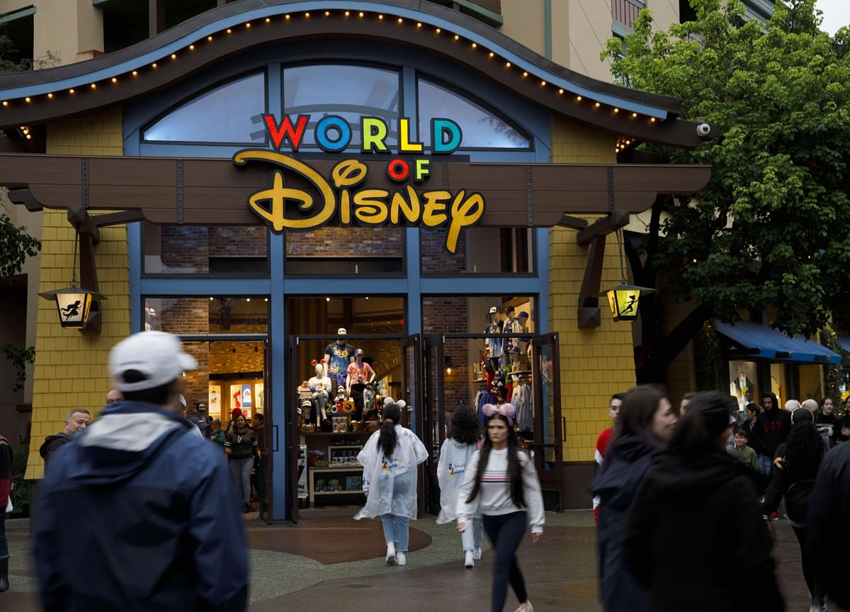 Disney to Reopen Some Florida Restaurants and Shops on May 20