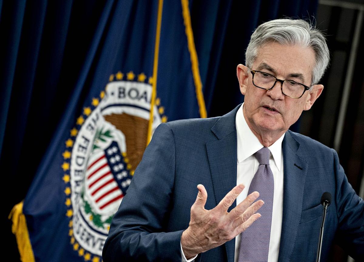 Powell Slams Door on Trump's Negative Rates 'Gift'