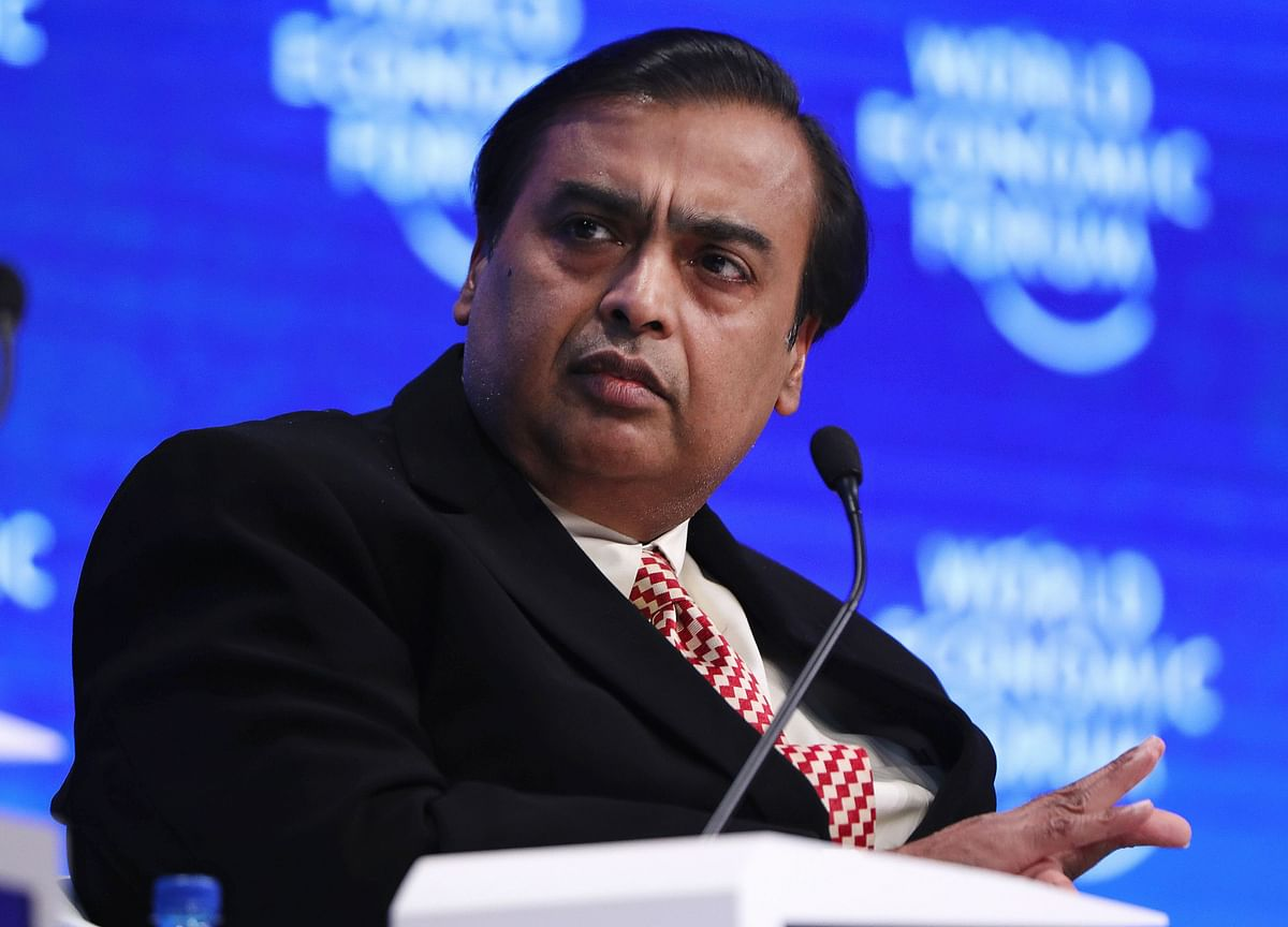 Reliance Bonds Rise After Ambani Hastens Debt-Reduction Plan