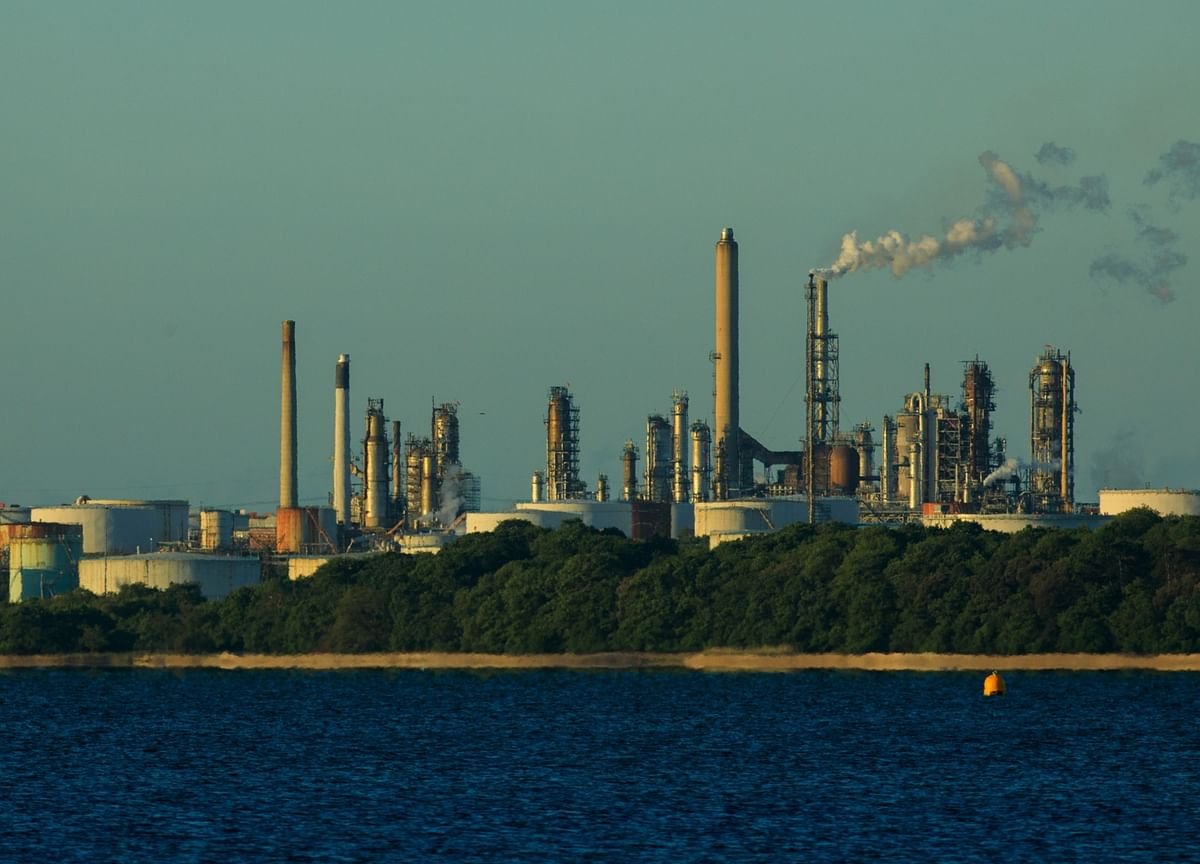 Covid-19 Will Hasten The Demise of Many Oil Refineries
