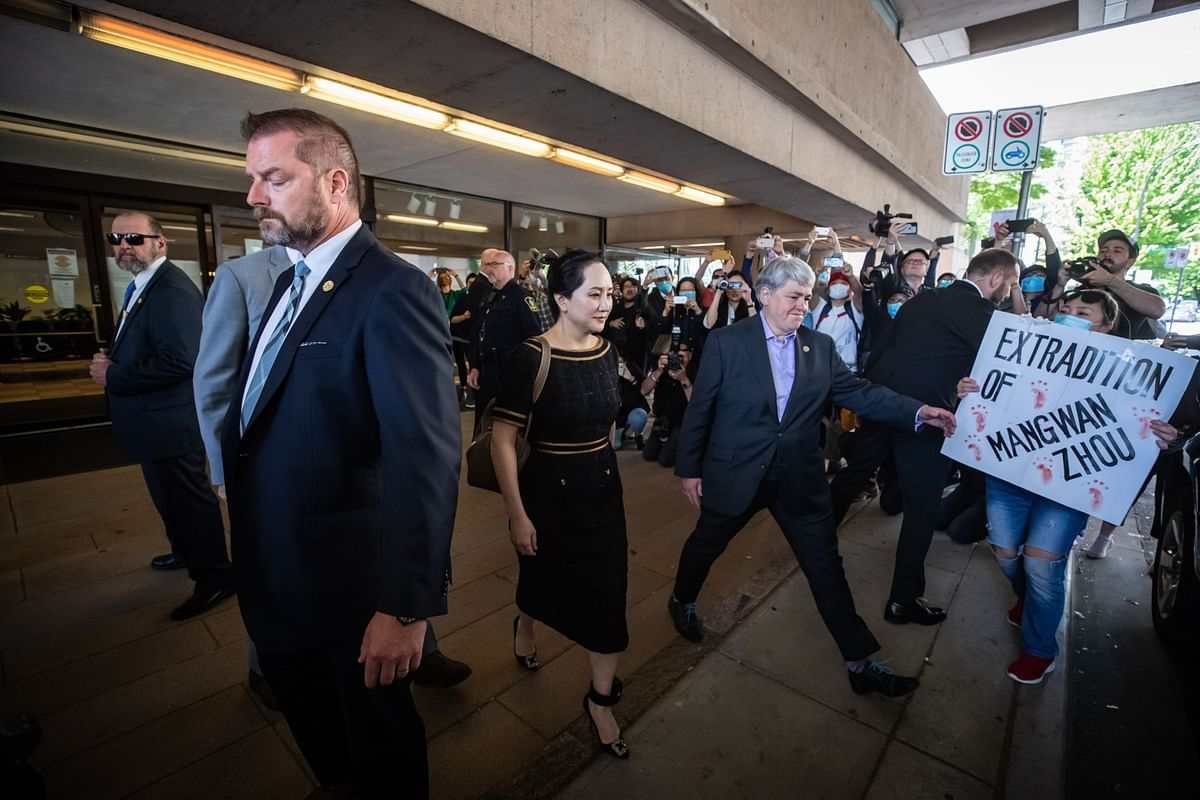 Meng Wanzhou, CFO of Huawei Technologies, following an extradition hearing in Vancouver, Canada, on May 27, 2020. (Photographer: Darryl Dyck/Bloomberg)