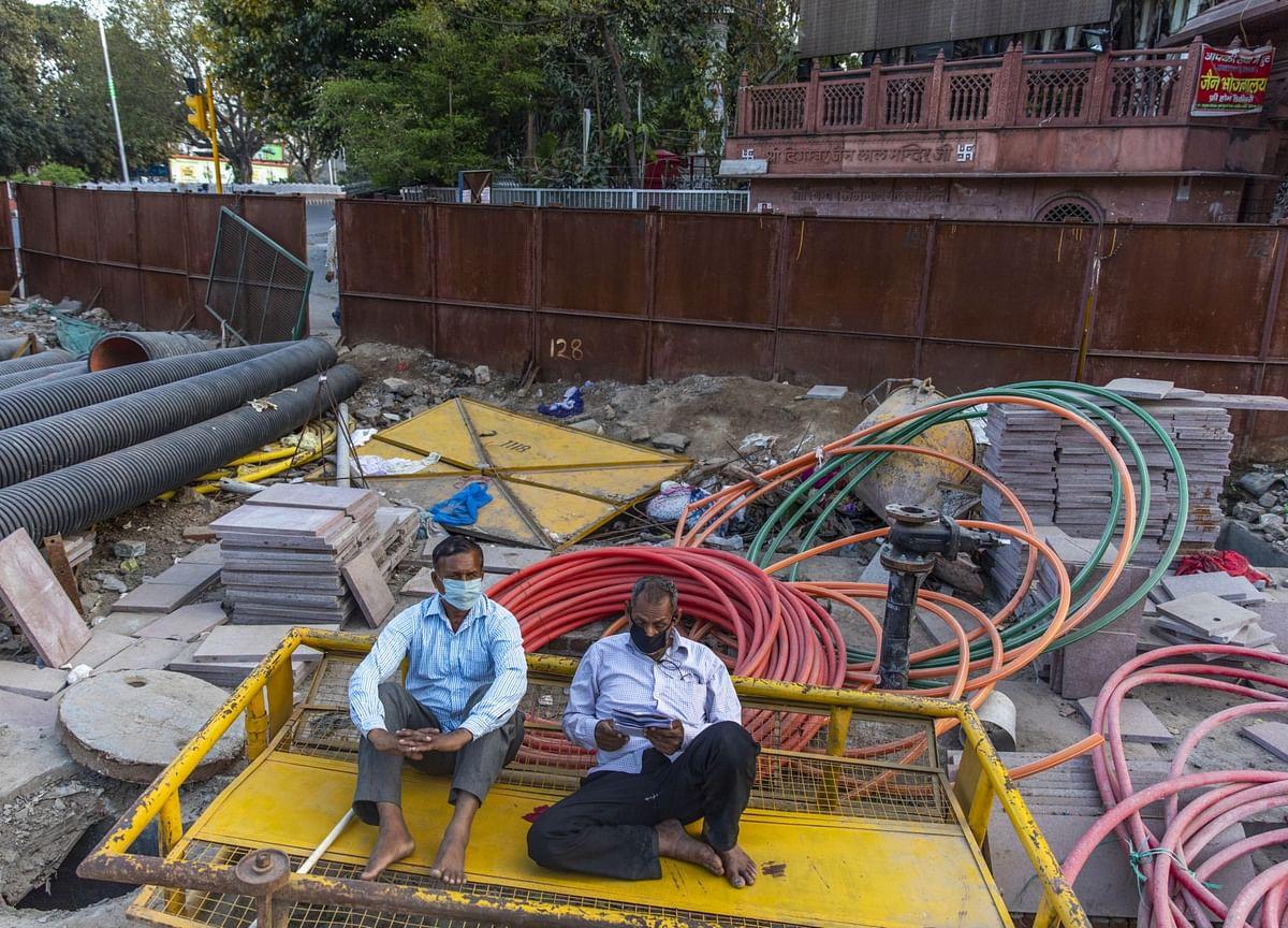 Biggest Job Creator Short of Labor Amid Vast India Unemployment