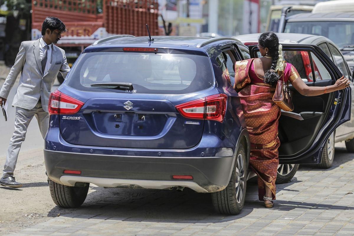 Auto Dealers Seek Higher Sales Margin To Drive Profits