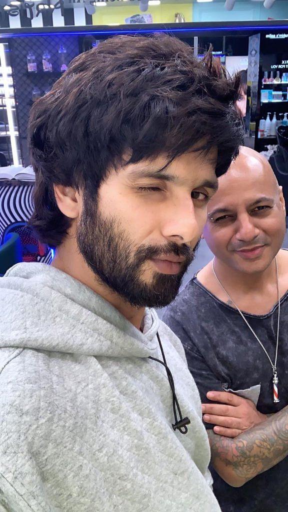 Actor Shahid Kapoor (left) with Aalim Hakim. (Image: Hakim's social media)