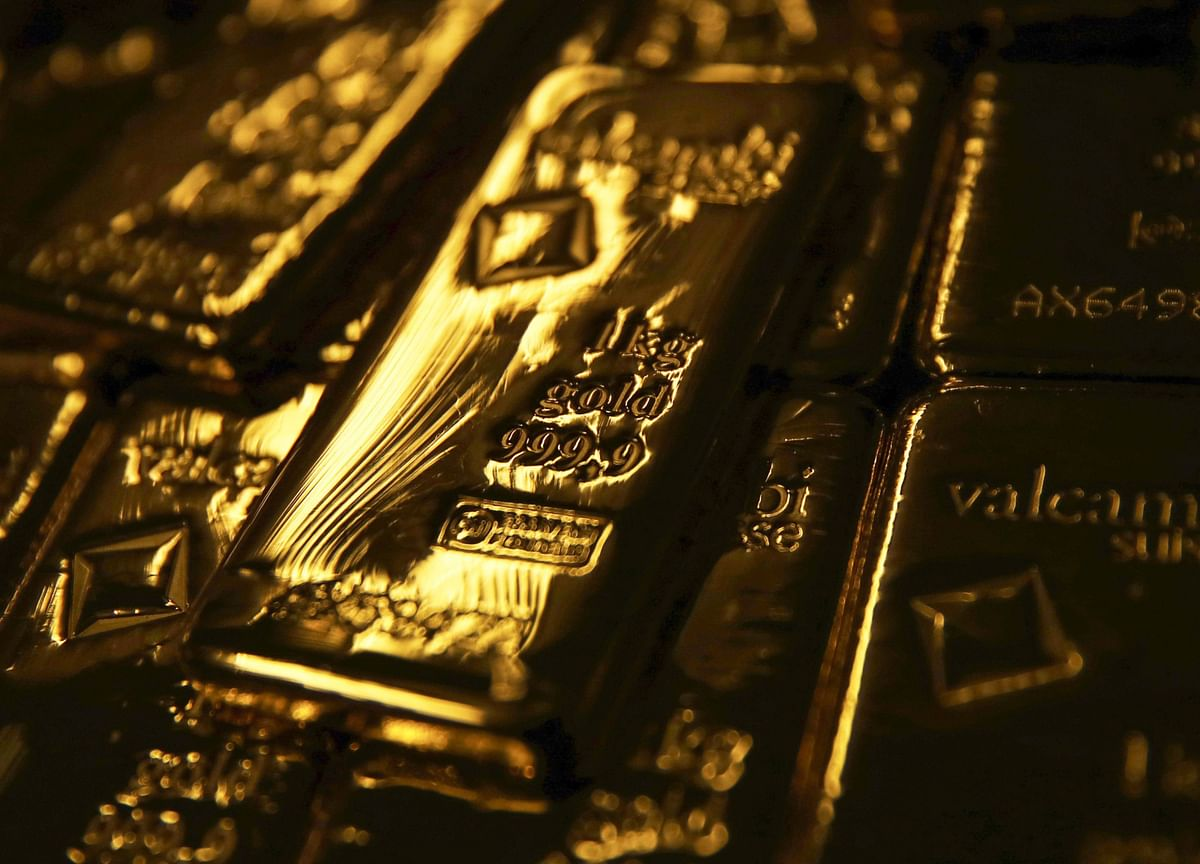 New York Gold Traders Drown in a Glut They Helped Create
