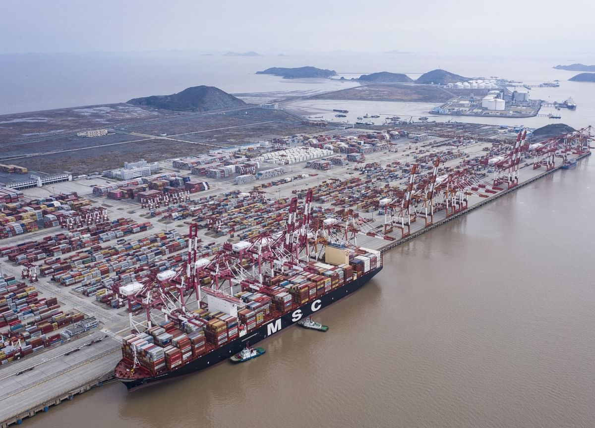 China Exports Post Unexpected Gain But Rebound Seen as Temporary