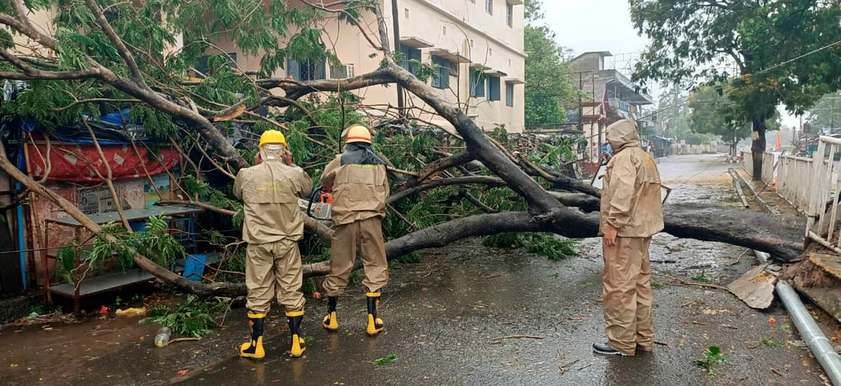 Impact of the cyclone 'Amphan'. (Source: PTI)