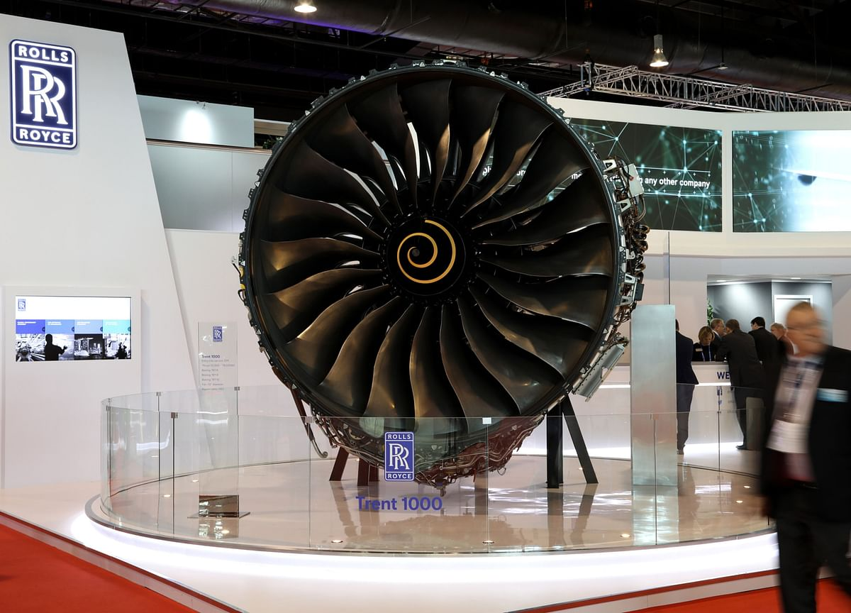Rolls-Royce Plans 9,000 Job Cuts on Collapse in Air Travel