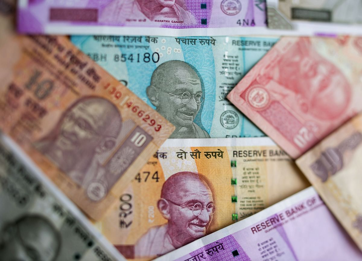 Stellar Bond Auction Sends India Yields to Lowest Since 2009