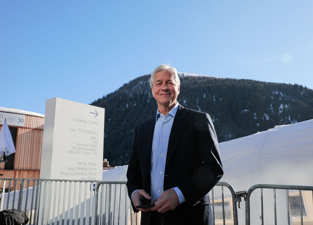 Jamie Dimon Can't Hold BackHis Competitive Side