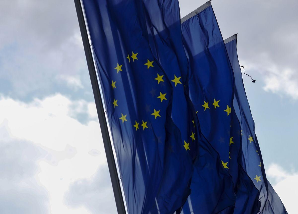 Euro-Area Economy Closer to ECB's Worst-Case Estimates,Lagarde Says
