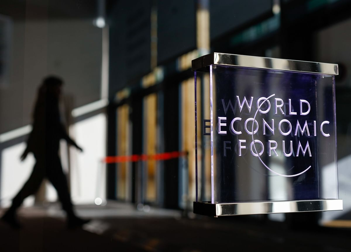 Global Downturn Risks Becoming Prolonged Recession, WEF Says