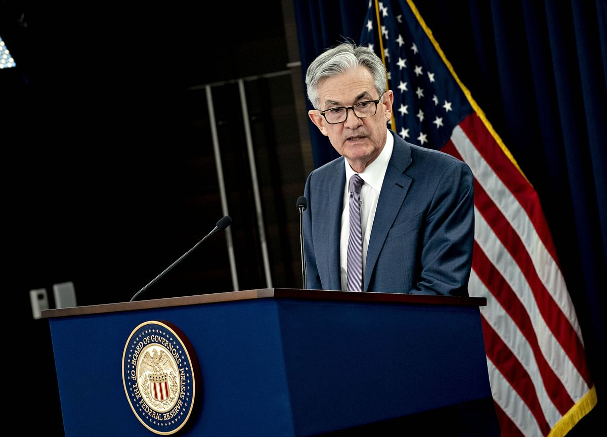Powell to Address Dire Outlook Amid Bets on Negative Rates