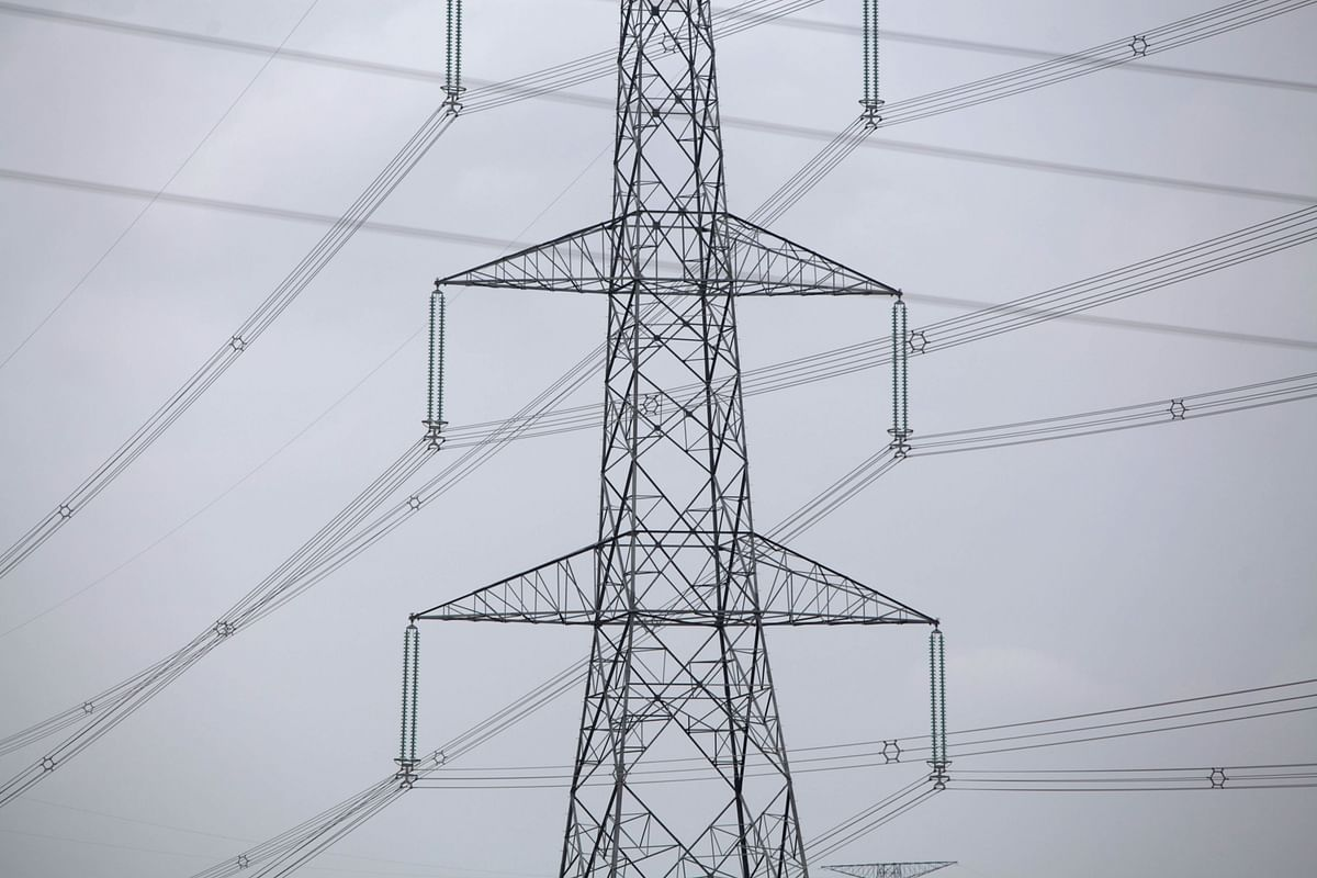 India Starts Real-Time Power Trade to Help Discoms Manage Demand