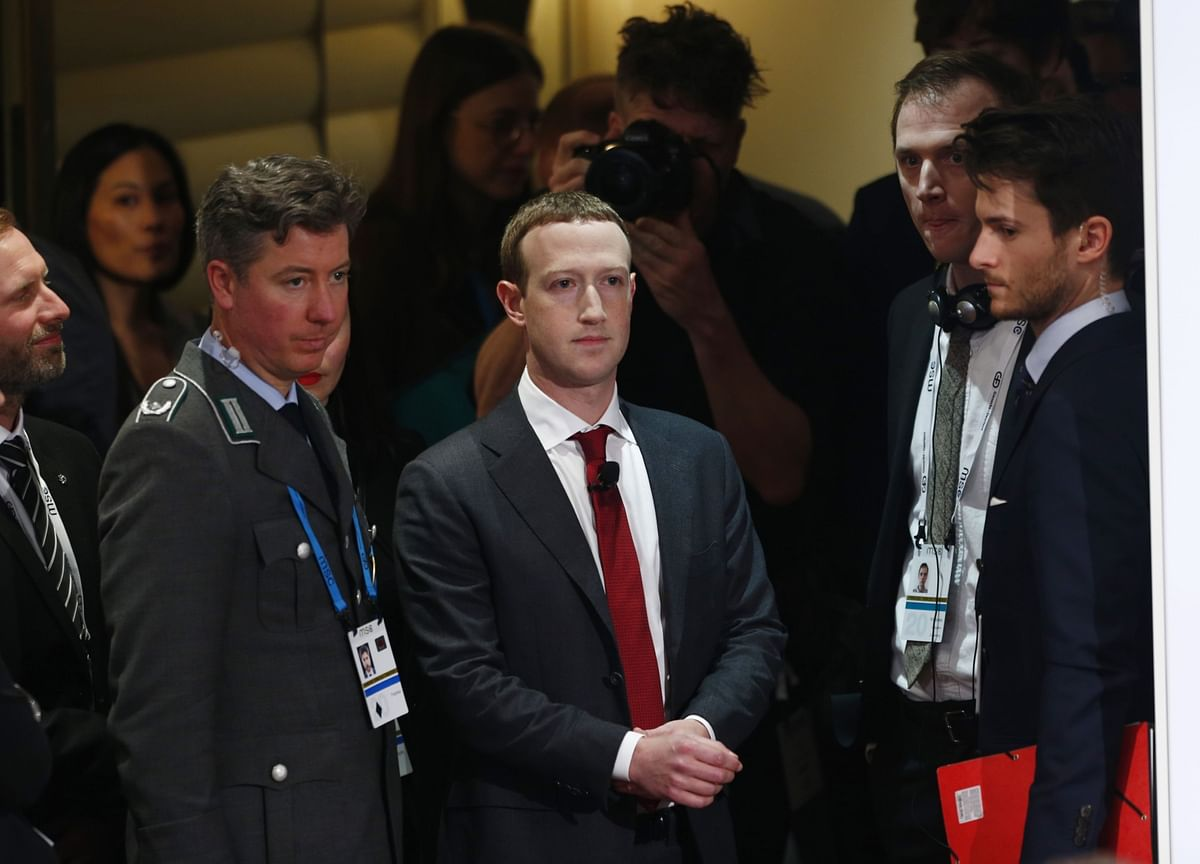 It's Zuckerberg and Facebook's Time to Bend