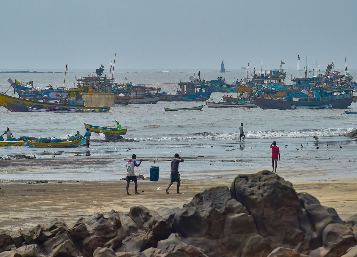 Cyclone Nisarga Live Updates: Severe Cyclonic Storm To Cross Alibag On June 3 Afternoon
