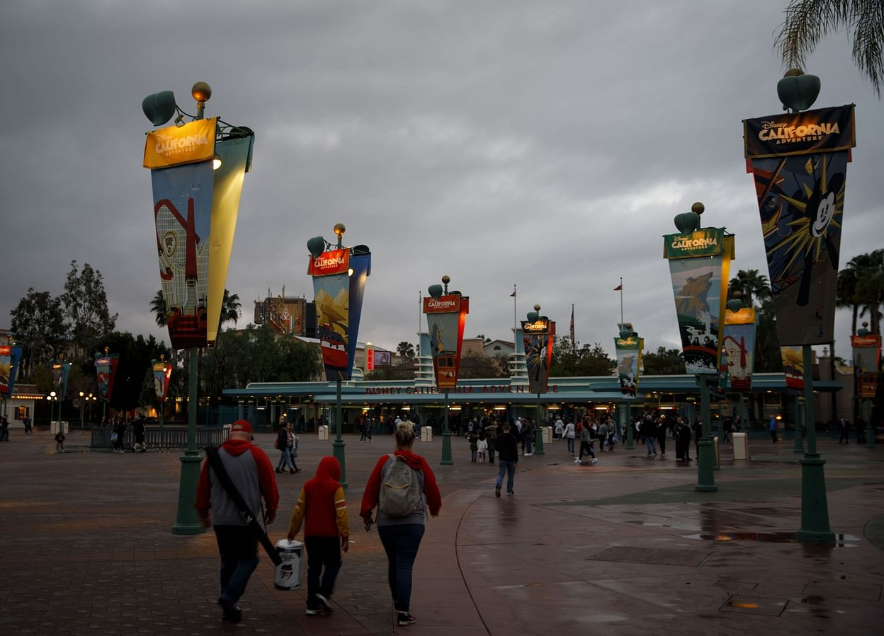 We Don't Have Any Clue When Disneyland Will Reopen, But Here's ...
