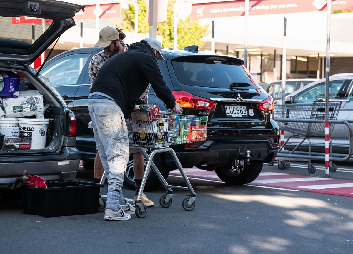 New Zealand Retail Sales Jump, But Still Trail Pre-Covid Levels