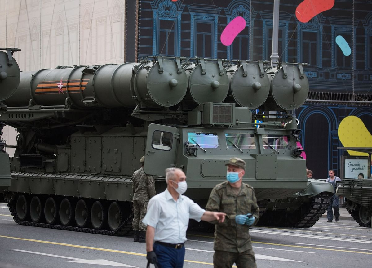 India Urgently Seeks Russian Missile System After China Clash