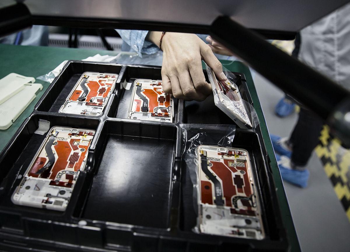 Asia Electronics Sector Booms, Bucking Global Economic Slump