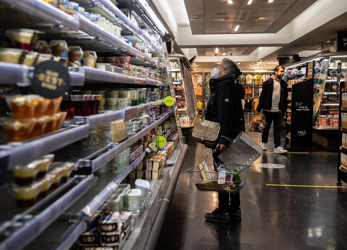 U.S. Consumer Sentiment Stumbled in Late June as Virus Spread