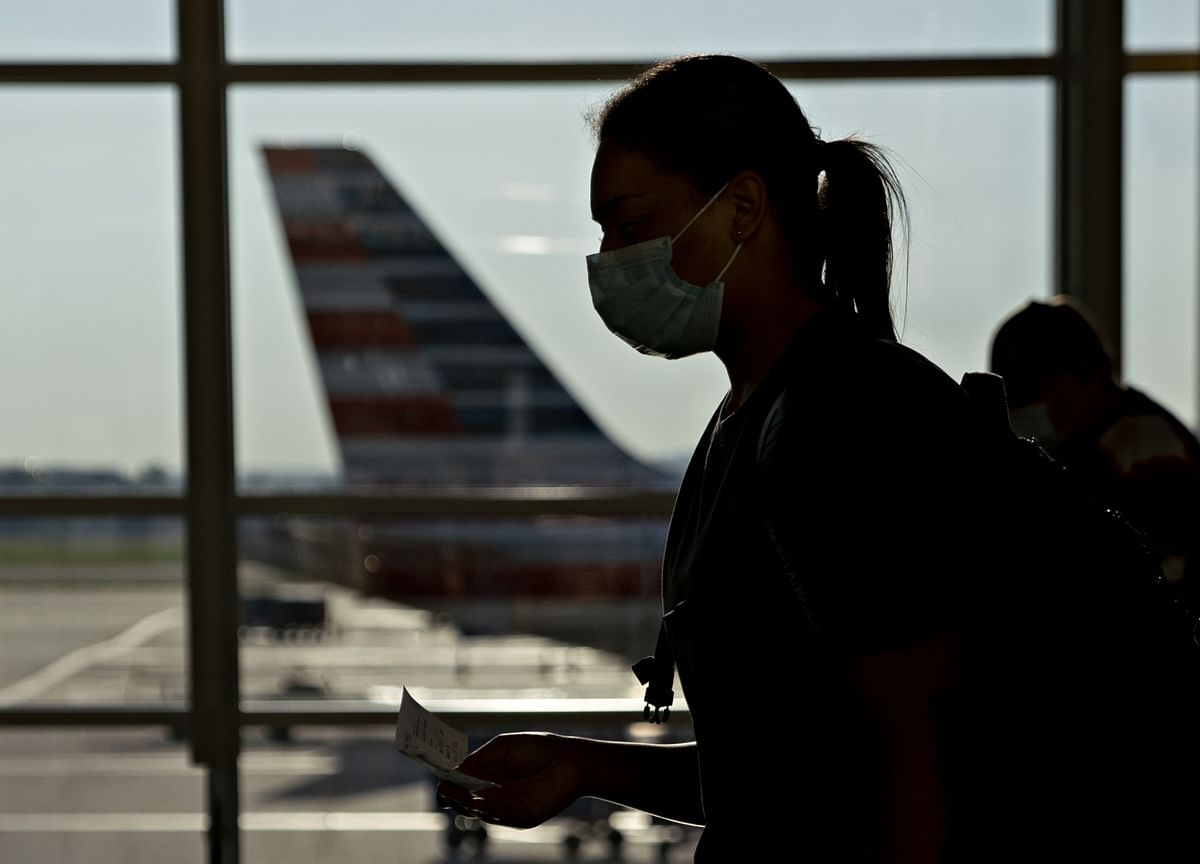 American Airlines Bans Passenger in Showdown Over Face Masks