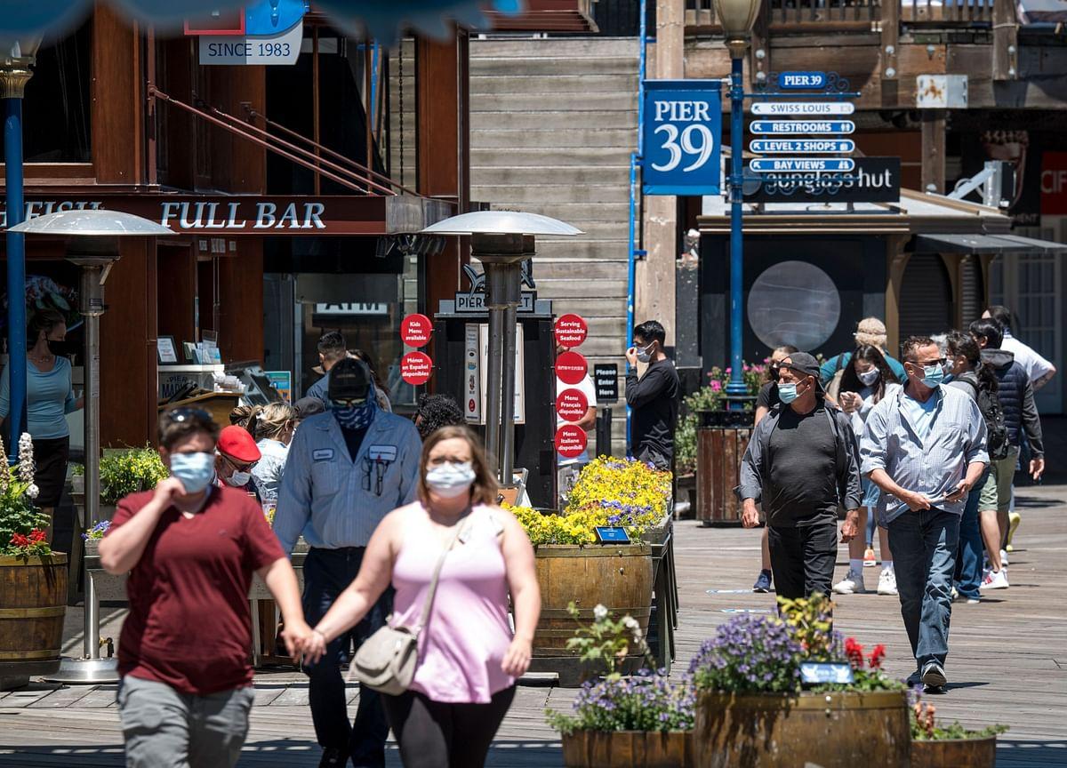 U.S. Cases Rise 1.6%; 'Massive Outbreak' in Texas: Virus Update