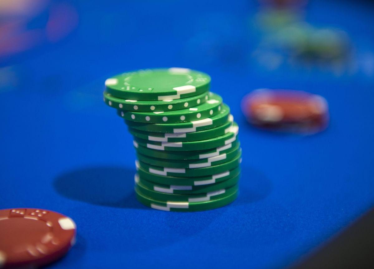 Poker Skills Can Make Investing Less Like Gambling