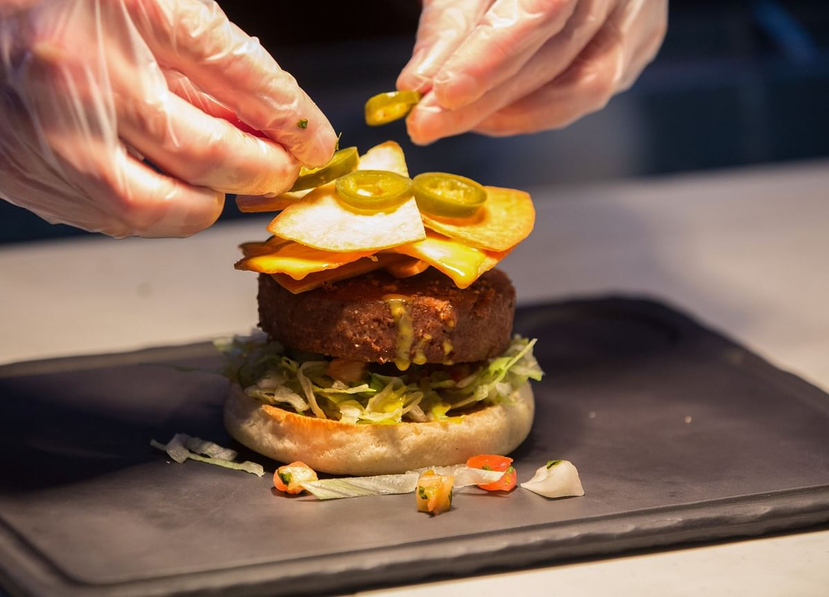 How Cooking With Impossible's Burger Meat Stands Up to the Real Thing