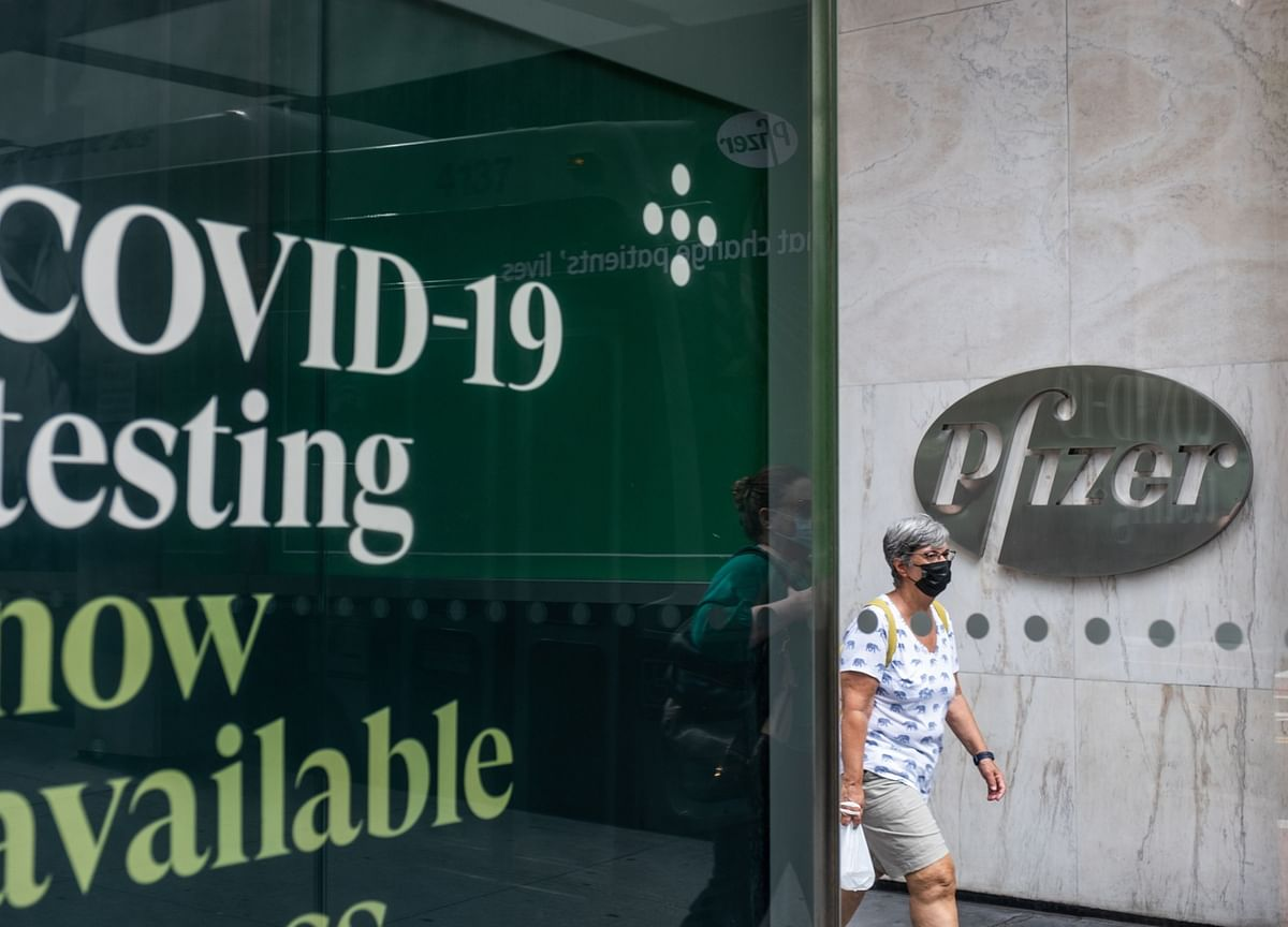 Pfizer Says Covid Could Endure, Sees Long-Term Need for Shot