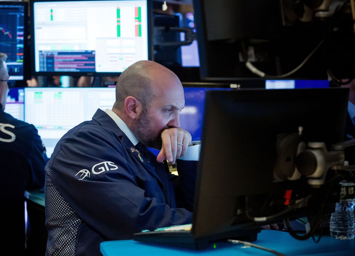 Behind the Relentless Stock Rally, Waves of Anxiety Are Building