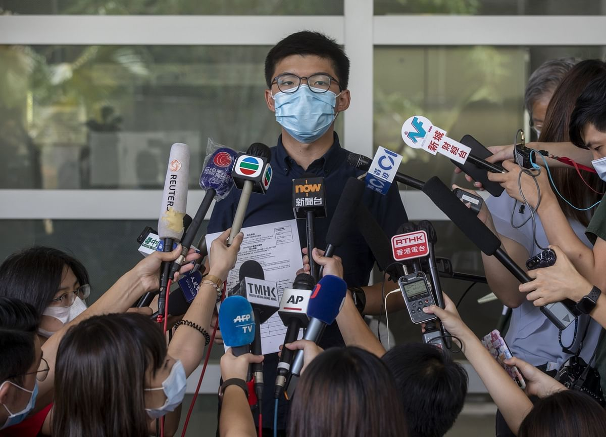 Hong Kong Moves to Crush Opposition With Candidate Ban