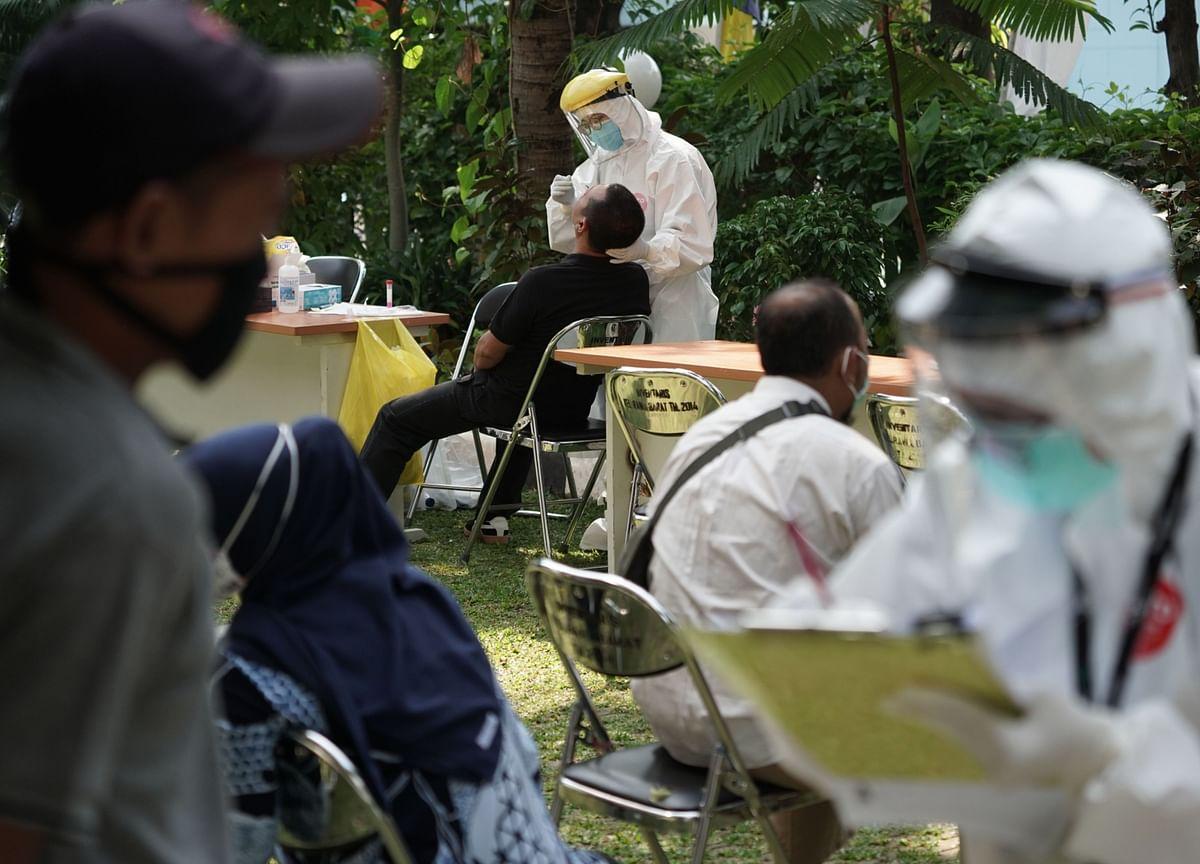 U.S. Cases Up 1.9%; California's 2nd-Deadliest Day: Virus Update
