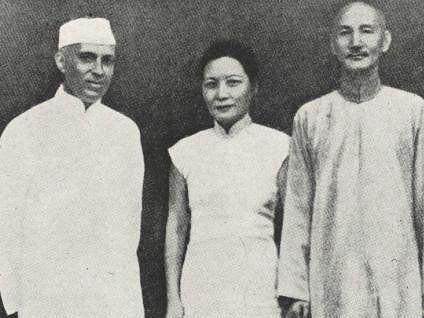 Jawaharlal Nehru with Generalissimo and Madame Chiang Kai-shek. (Photograph: NMML/Government of India)
