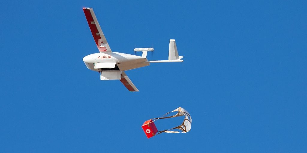 Zipline performing a drone delivery. (Source: Zipline)