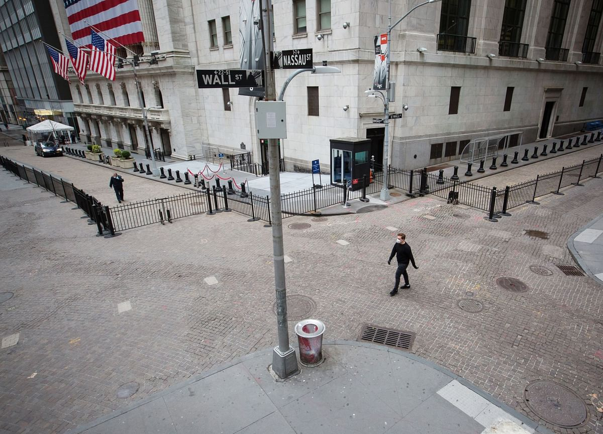 ADP Says U.S. Firms Add 2.37 Million Jobs, Fewer Than Forecast