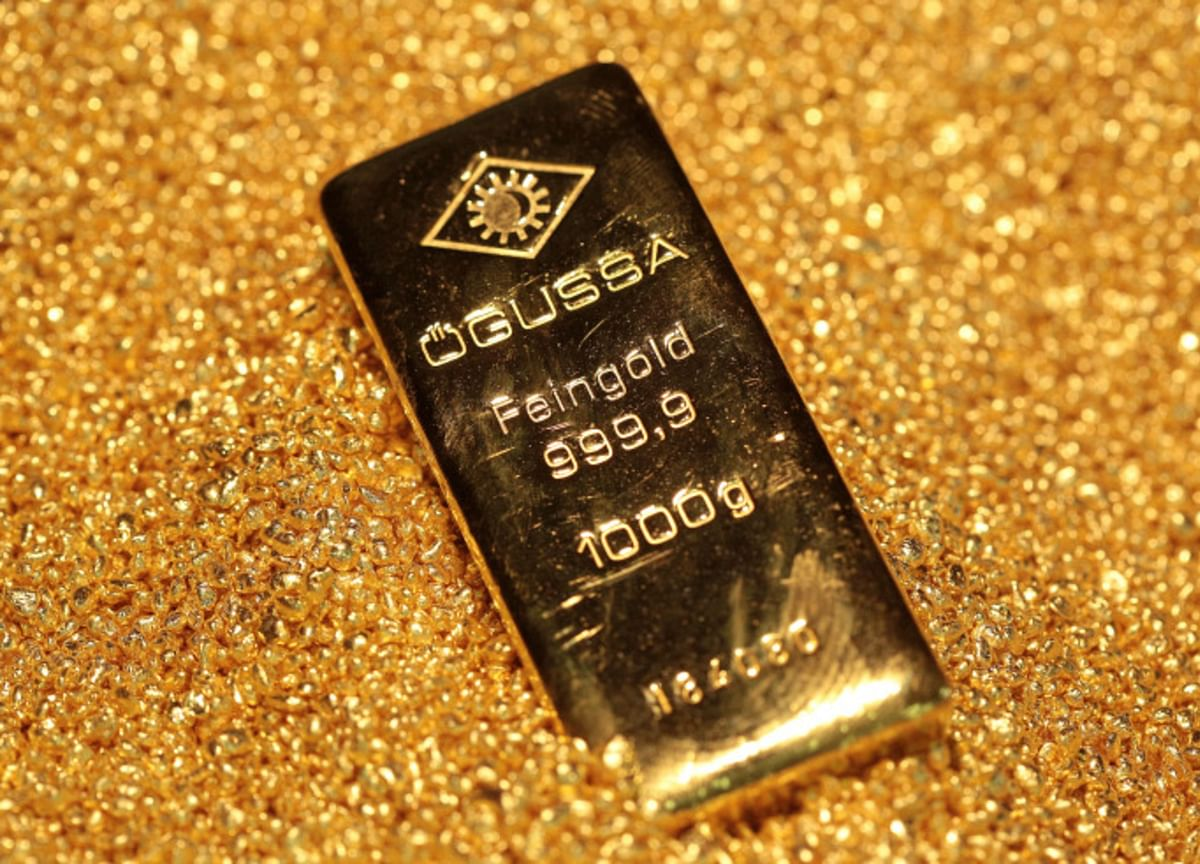 Gold Can Do What Bonds Can't in a Superlow-Rate World