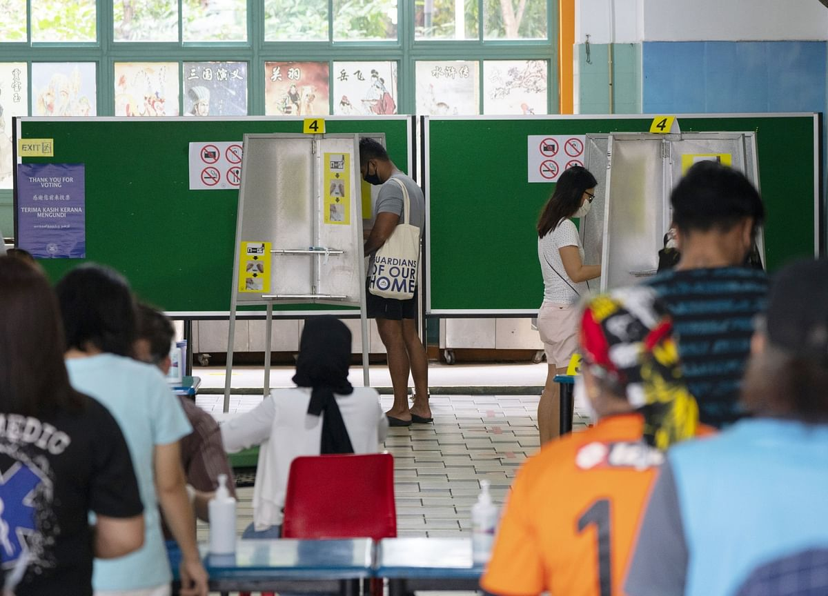 Singapore's Version of a Political Shock Upends Old Playbook