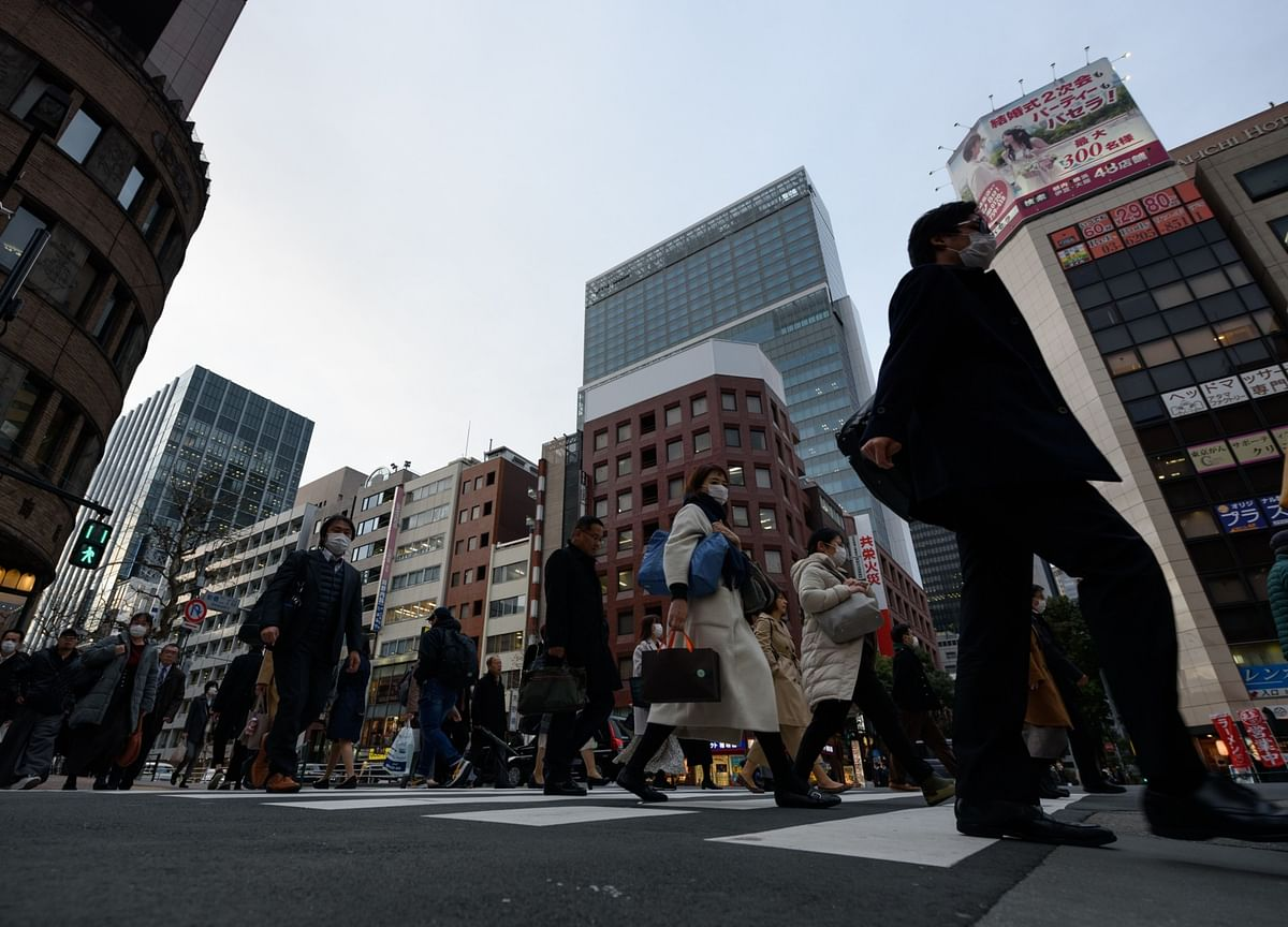 Japan Now Sees Covid-Hit Economy Shrinking 4.5% This Fiscal Year