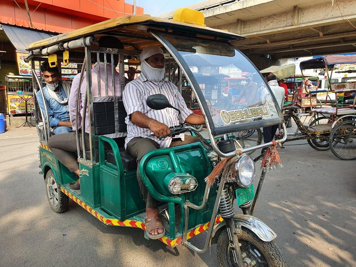 An electric rickshaw plying the streets in Delhi. (Source: Bahubali Rickshaw)