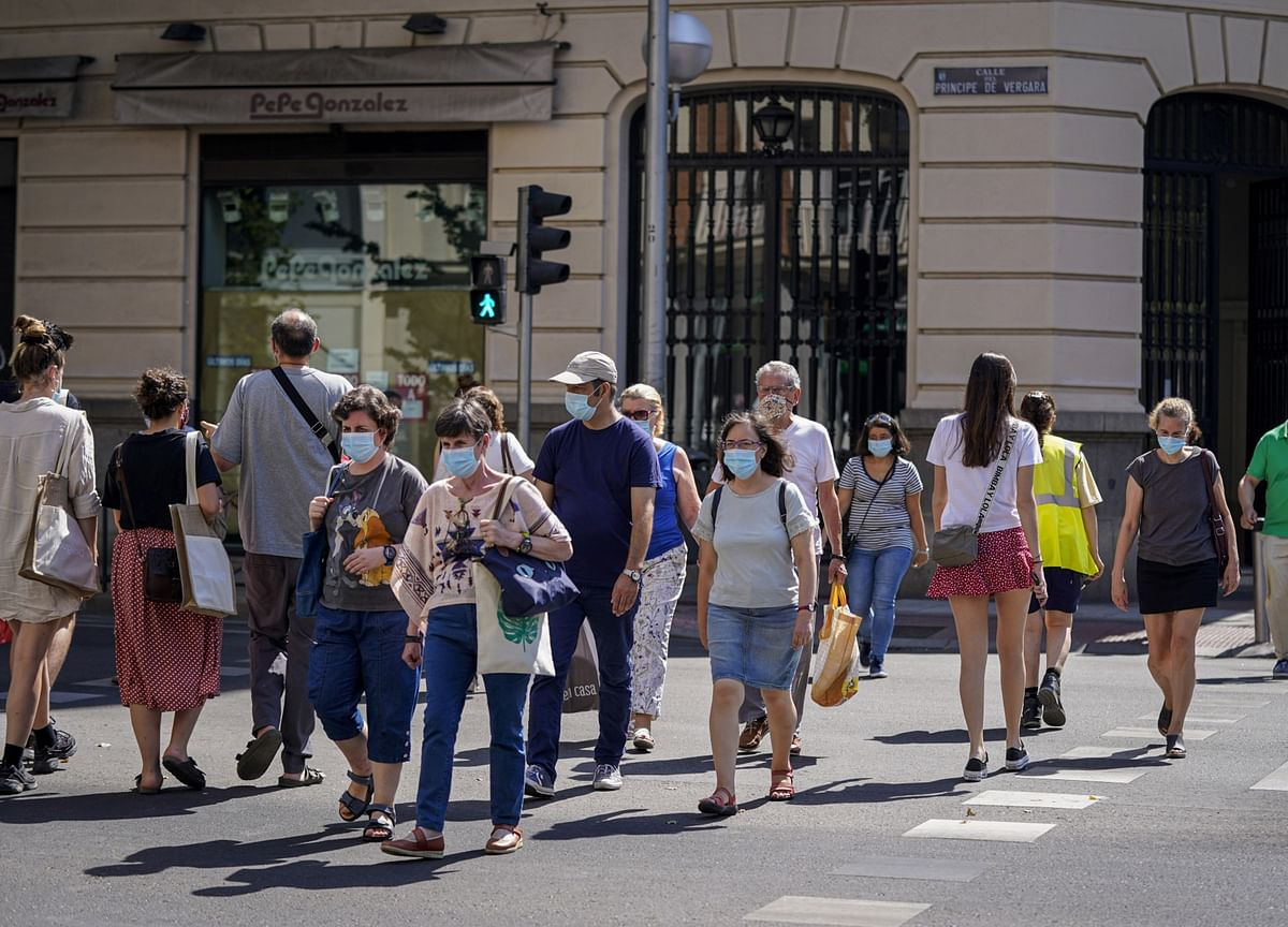 Spanish Unemployment Rises Above 15%, With Worse to Come