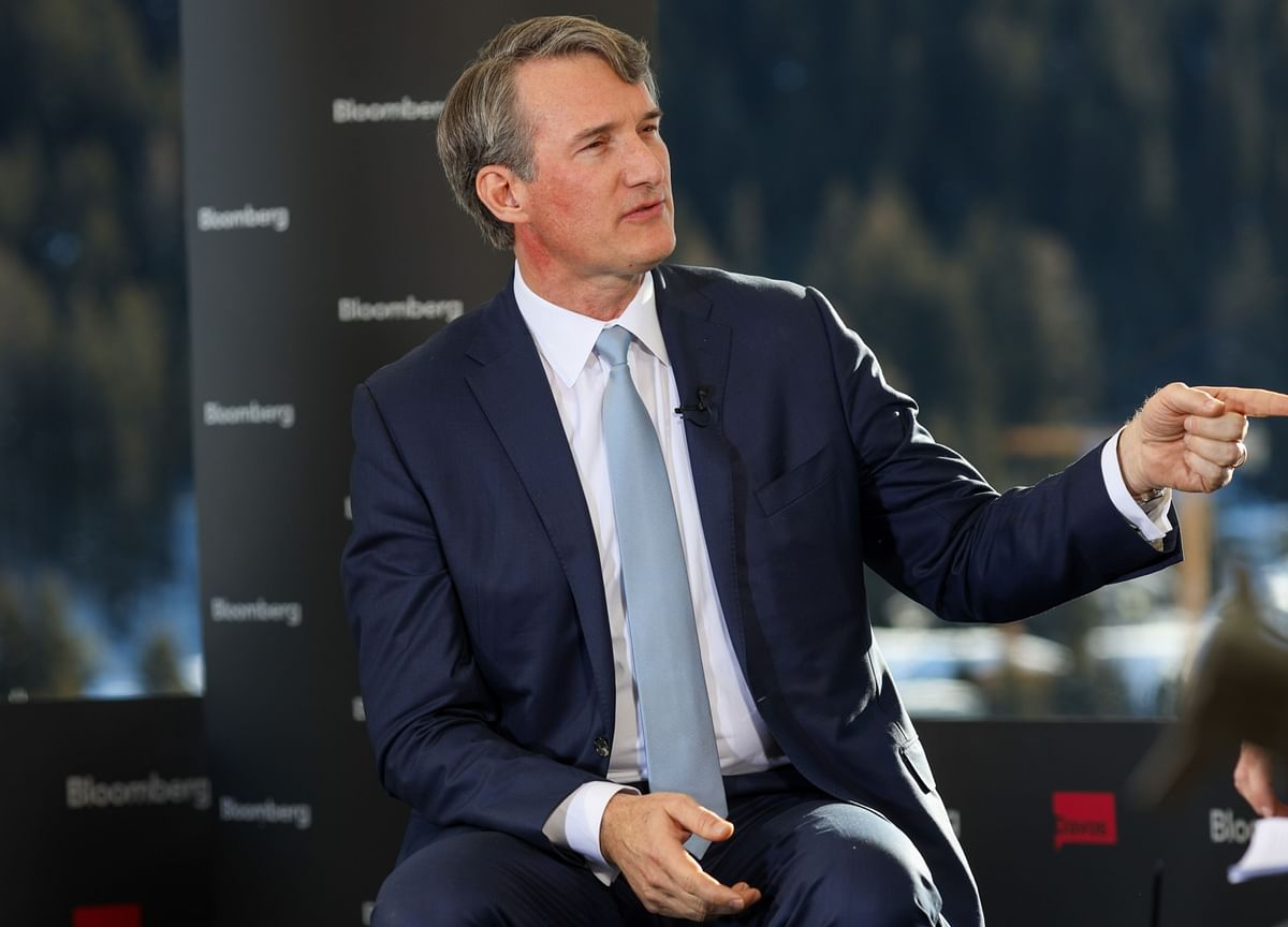 Carlyle Co-CEO's Abrupt Exit Caps a Long, Awkward Power Struggle