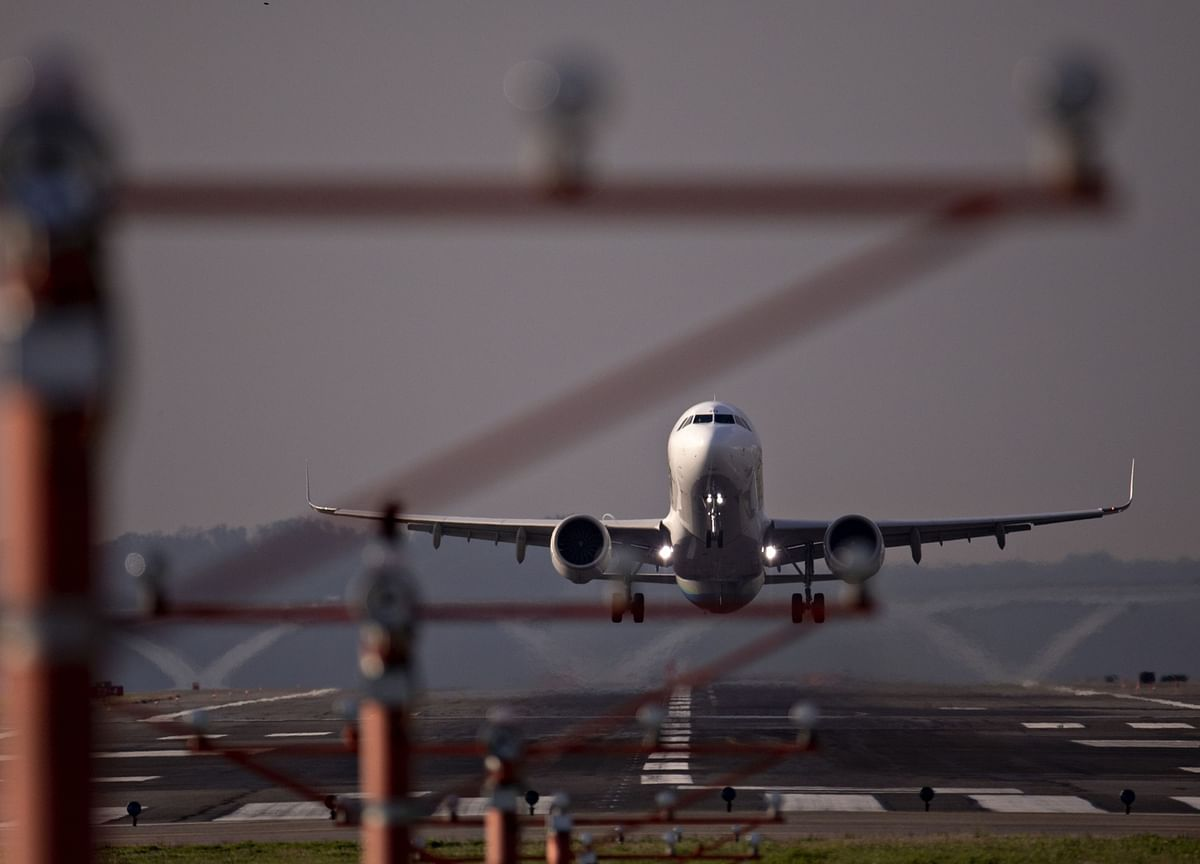 Passenger Jets Can Play Integral Role in Frozen Vaccine Airlift
