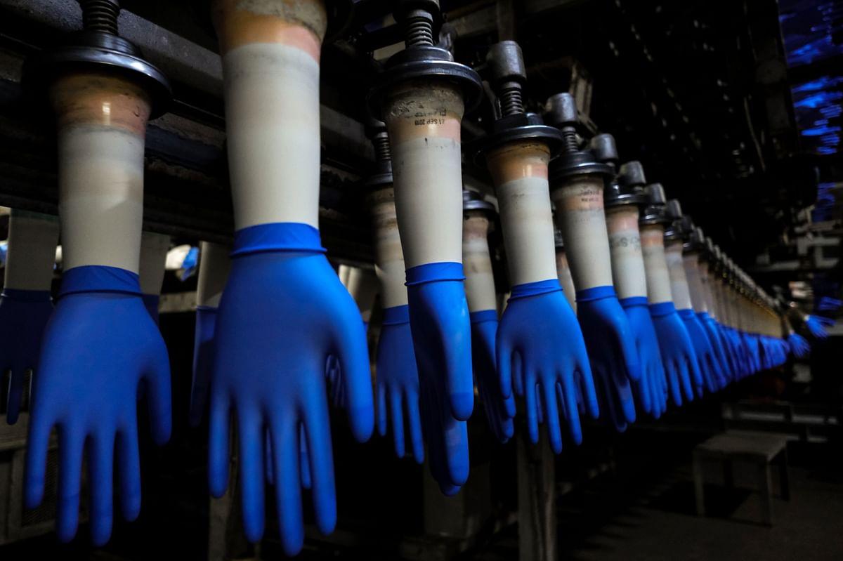 Malaysian Glove Maker Harps Weighs $500 Million IPO