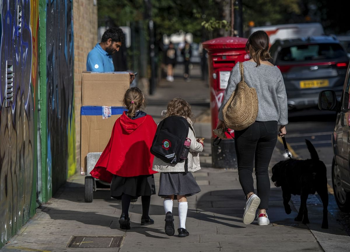 Johnson Pleads With U.K. Parents to Send Children to School