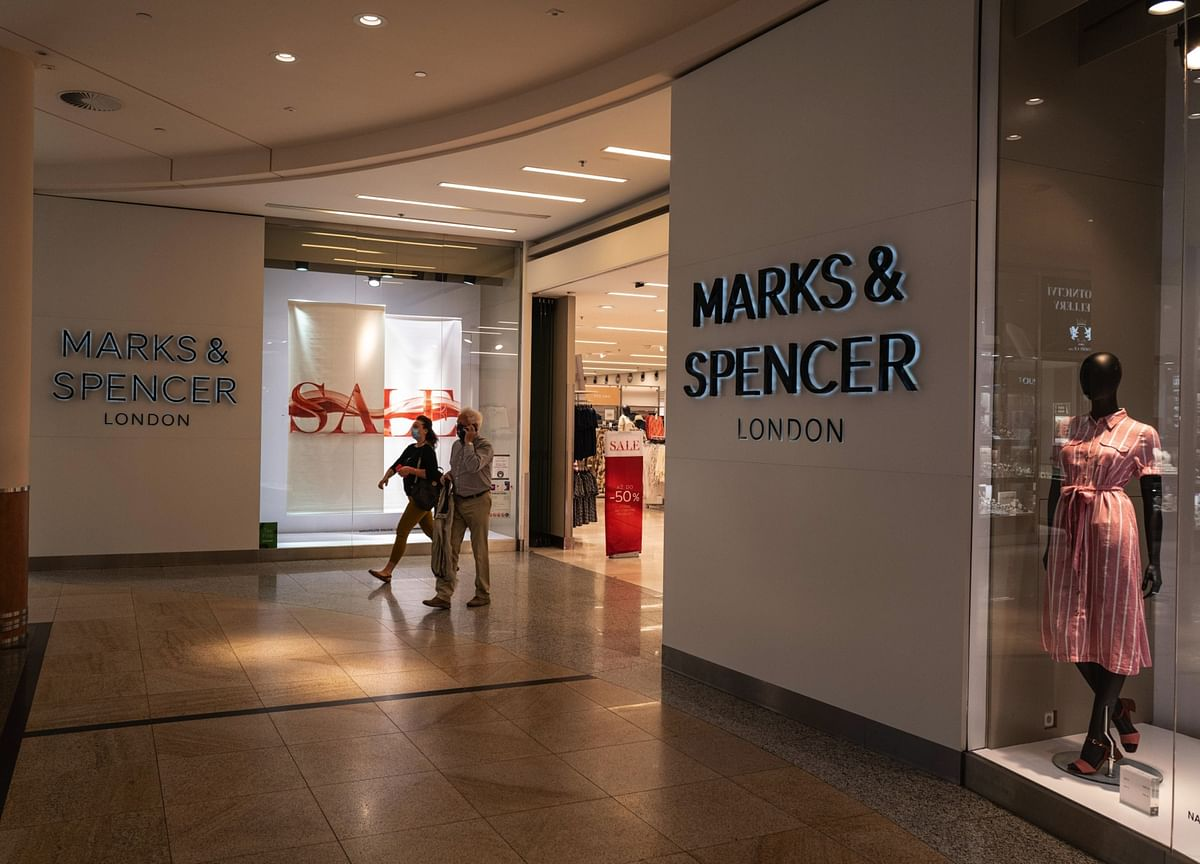 Marks & Spencer to Cut 7,000 Jobs in New Hit to U.K. Workers