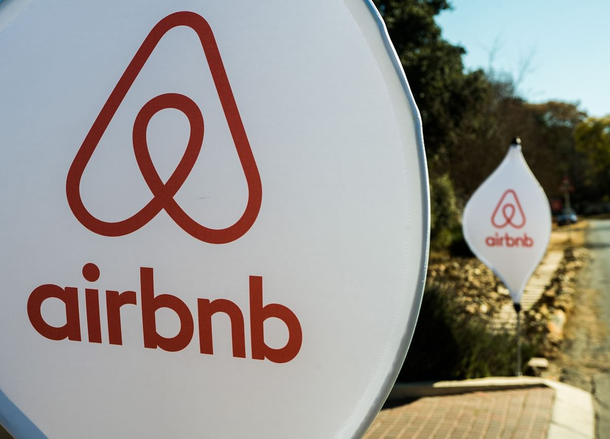 Airbnb Aims for About $35 Billion Value in Long-Awaited IPO