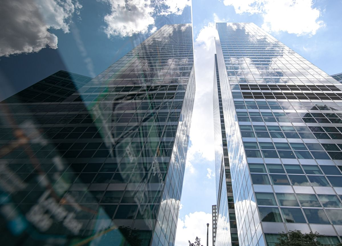 Banks Shedding Real Estate in Moves to Cut Costs: WFH Tracker